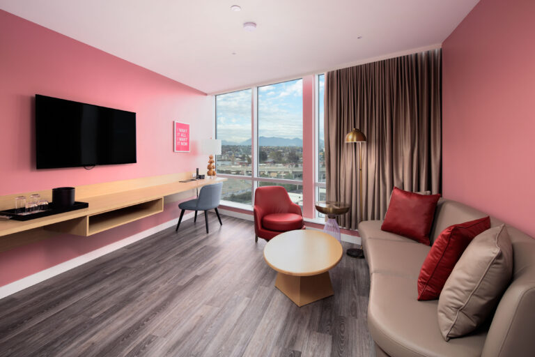 http://Executive%20Suite%20-%20Living%20Room